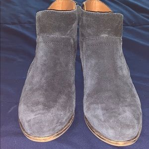 Navy Blue Lucky Brand size 7 booties